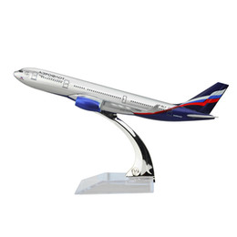 New hot sale Russian International Airlines Airlines Airbus A330 airplane models child Birthday gift plane models Free Shipping