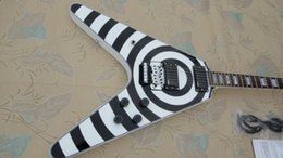 Vol blanc v en Ligne-Promotion!!! Boutique Custom Zakk Wylde Flying V Blanc Noir Guitare électrique EMG Pickups