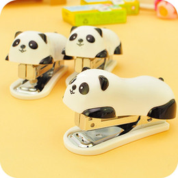 Wholesale Deli new style Super adorable animal cartoon panda Mini stapler SETS WITH staples ABS METAL QUALITY Lovely shape Mini size