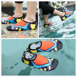 Wholesale New Comfortable Outdoor Non Slip Skin Shoes Water Aqua Socks Yoga Exercise Beach Swim Surf Soft Quick dry
