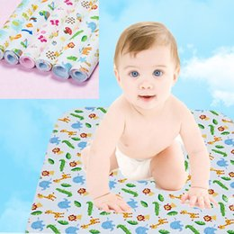 Bamboo fiber waterproof mat three-layer composite two-sided water waterproof breathable mattress mother-baby products