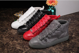 2017New high qualityMen's Fashion arena High-top Bovine skin wrinkle crack Leather Lace Up zapatos hombre French Style Sneakers kanye west S