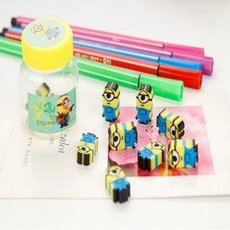 Descuento niños mini lápiz Las PC al por mayor-10 / la mini historieta linda del kawaii amarillo del estudiante de la escuela de la porción mini dibujan a lápiz el lápiz de goma divertido del borrador de los neumáticos que resbala los borradores para los cabritos