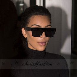 Wholesale Square Sunglasses Wholesale Oversized - Fashion Oversized Square Celebrity Italy Brand Designer famous Kim Kardashian Sunglasses Rivet Sexy Lady UV400 Women Men Sun Glasses Z225-B