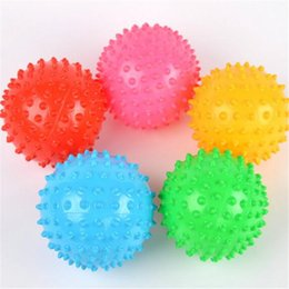 Wholesale Novelty Toys Kid Baby Massage Foot Roller Massage Ball Inflatable Toy Ball Massager Properties Knobby Massage Ball