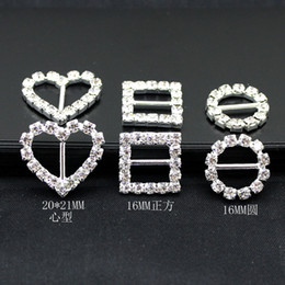Wholesale 16mm Round Rhinestone Crystal Buckles Brooches mm Bar Invitation Ribbon Chair Covers Slider Sashes Bows Buckles Wedding Supplies