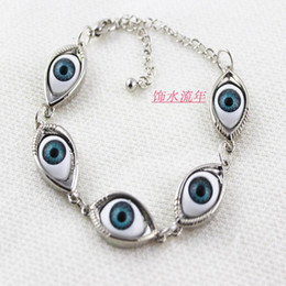 European and American fashion jewelry all-match retro eye spot eye short necklace bracelet