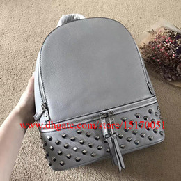 new genuine leather Travel Bag fashion leather bags famous designer women Backpack bag 769
