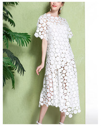 2017 New Spring Summer Women Ladies white Lace Dress round neck Short sleeves Elegant high quality Prince dresses
