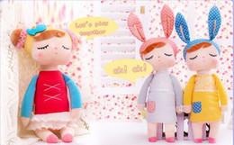 2017 muñecas de la muchacha La historieta del animal relleno de la felpa de Kawaii embroma los juguetes para las muchachas Regalo de la Navidad del cumpleaños del bebé de los niños Chica de Metoo de la muchacha del conejo de Angela muñecas de la muchacha promoción