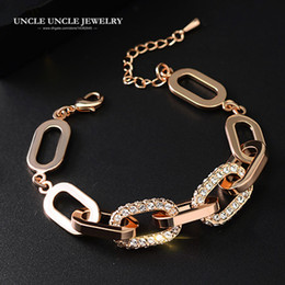 Rose Gold Color Brand Design Austrian Rhinestones Setting Geometric Element Design Luxury Lady Bracelet Wholesale