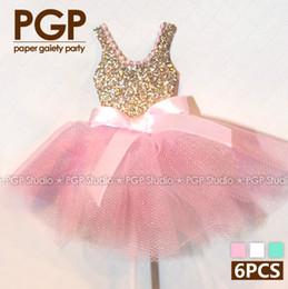 Venta al por mayor- [PGP] topper rosa de la magdalena del vestido del brillo del oro 6pcs, para las muchachas de princesa embroma el cumpleaños Wedding las decoraciones del partido de ducha de bebé cupcake baby shower princess for sale desde magdalena de bienvenida al bebé de la princesa proveedores
