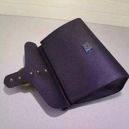 Wholesale Women GG Marmont leather top handle bag purse Double G Feline metal detail Flap Closure Antique gold metal detail Cotton linen lining