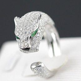 2016 Fashion Silver Jaguar Rings with Green Rhinestone Eyes Animal Fashion Costume Rings for Women Free Shipping
