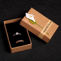 Discount jewellery box gifts - Necklace Jewelry Boxes Earrings Ring Pendant Holders Packaging New Kraft Paper Gift Boxes Square Jewellery Display Box Case with Flower