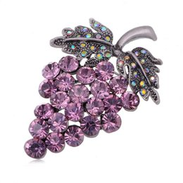 Wholesale Crystal Rhinestone Grape Cluster Fruit Fashion Jewel Pin Brooch