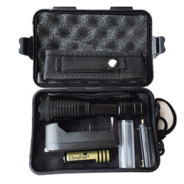 Ultrafire 2000 Lumens Zoom Adjustable CREE XM-L T6 LED 18650 Flashlight Torch & 1x18650 Battery + Charger & Gift Boxes