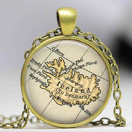 Wholesale Glass Dome Iceland country map necklace Iceland map pendant iceland europe jewelry friend family gift idea
