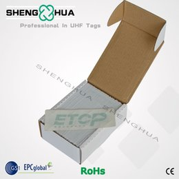 2017 sistema de etiquetas rfid Venta al por mayor-UHF programable PET RFID parabrisas etiqueta para el sistema de elevación de aparcamiento sistema de aparcamiento intellegent 200pcs económico sistema de etiquetas rfid