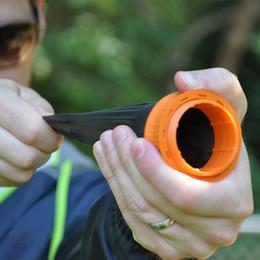 Juegos para niños en Línea-Venta al por mayor-350FPS fuerte Pocket Slingshot juguetes al aire libre Slingshot Shooting juego niños como los juguetes al aire libre Boomerang Frisbee Flash