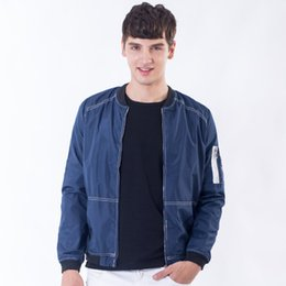 2017 hot style bomber jacket coat manufacturer wholesale hot style men male European yards thin models brought the youth baseball jacket mal