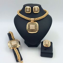 Wholesale 2016 quality of the large gold plated African wedding jewelry set of nylon four pieces of Leah s Necklace Earrings Ring Bracelet with a fema