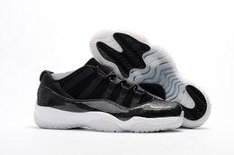 Promotion chaussures de sport pas cher Nouveau rétro 11 hommes chaussures de basket-ball laine élevés 72-10 Redblack Heiress chaussures de sport de haute qualité pas cher chaussures de sport