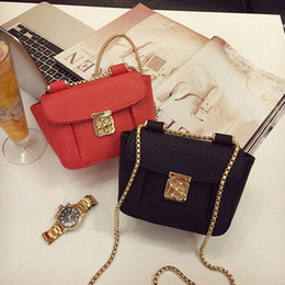 Wholesale The new summer han edition of the plum blossom lock chain single small bread mini bag shoulder bag bag handbag