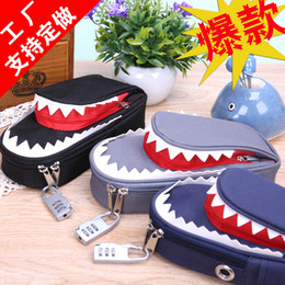 Wholesale Bluegrass Korea stationery creative personality Pencil Bag large capacity canvas shark student Pencil Bag with lock