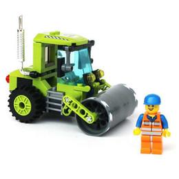 Al por mayor de la ingeniería en venta-Venta al por mayor-Súper Interesante! 102pcs / set pequeños ingeniería vehículos Roller ensamblaje bloques Kit niños educativos regalos de juguete