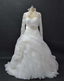 Ball Gown Pleated Wedding Gowns Strapless Pick Up Chapel Train Bridal Gowns vestidos de novia With Long Sleeve Bolero