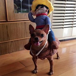 Большие костюмы для собак Онлайн-Езда Лошадь Собака Костюм Новизна Смешные Halloween Party собак Pet костюм Большие Одежда для собак Ковбой собак Одежда