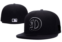 Wholesale Arrival Men s Los Angeles Dodgers Fitted Hats Embroidered Big D Logo Sport On Field Design Baseball size cap
