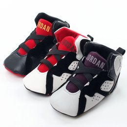 Wholesale Baby kids letter First Walkers Infants soft bottom Anti skid Shoes Winter Warm Toddler sports shoes colors