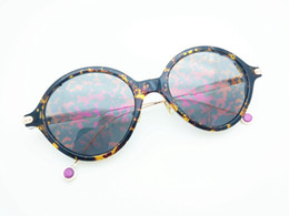Sale New 2017 Hot Christian Brand Sunglasses Leaf Pattern Vintage Retro Fashion Umbrage Mirror Sunglasses Women Brand Designer Sunglasses