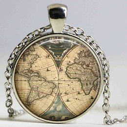 Wholesale Ancient World Map Necklace Handmade explorer Map necklace Pirate treasure map Expedition glass pendant