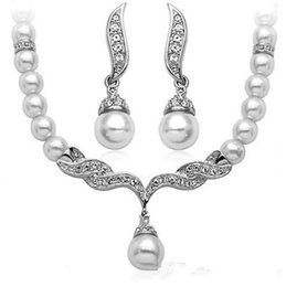 Whole White Pearl Necklace Earrings Jewelry Sets Bridal Bridesmaid Dress Wedding Accessories Crystal Jewelry Sets 3 Colors Brand New