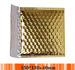 Acolchada electrónico en Línea-Alegría al por mayor Tamaño: los pequeños sobres del envío del oro de los 15 * 13cm, envoltura acolchada oro de la burbuja del envío