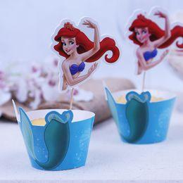 Venta al por mayor-Cupcake envolturas Toppers Selecciones Chica de la fiesta de la fiesta de cumpleaños de la muchacha Decoraciones Niños Favores Princesa Little Mermaid Party Supplies desde magdalena de bienvenida al bebé de la princesa fabricantes
