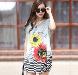 2017 t-shirt imprimé floral T-shirts femme Robes Summer Loose Flower Print T-shirts Mode Femmes Femmes Longs Tops Tees 3pcs / lot abordable t-shirt imprimé floral
