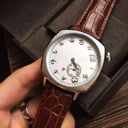 Wholesale 2017 best gift luxury watch fashion women men watches silver calendar dial leather strap top brand VC quartz wristwatches for men lady clock