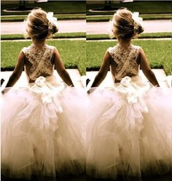 2017 vintage New Flower Girl Dresses Princess Ball Gown Communion Party Pageant Dress for Little Girls Kids Children Dress for Wedding
