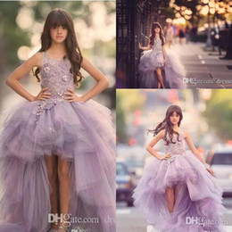 Lovely Hi-Lo Lavender Flower Girls Dresses Tulle Lace Appliques Ruffles Skirt Girls Pageant Gowns Puffy Kids Formal Wear