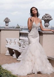 2017 New Spaghetti Straps Lace Mermaid Wedding Dresses Beaded Tulle Layered Court Train Summer Beach Bridal Wedding Gowns