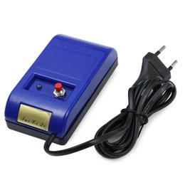 Regarder des pièces de réparation en Ligne-Vente en gros-HOT Vente Outils de réparation professionnelle électrique magnétiseur Démagnétiseur Eraser Watch Parts Haute Qualité Berserk