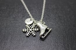 Wholesale New arrival Hot sale Antique Silver Ice Skate Charm Pendant Necklace Winter Snowflake initial necklace winter jewelry
