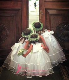 Promotion nouvelles robes de filles de noël Robe de soirée en satin de mariée en dentelle