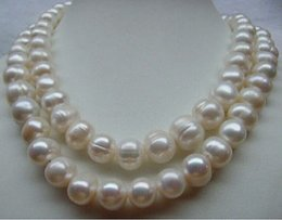 "VERL CHARMING SOUTH SEA 12- 13MM WHITE PEARL NECKLACE 33"" 14k YELLOW GOLD CLASP"