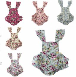 Wholesale Vintage Summer Woven Floral Baby Bubble Romper Flutter Sleeve Ruffle Baby Girls Playsuit Backless Cross Romper Baby Clothes