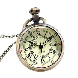 Venta al por mayor-Archaize los números romanos antiguos del bronce del dial del reloj del reloj de bolsillo de la vendimia del dial del reloj de los hombres que envían libremente el regalo de las mujeres El envío libre P96 desde mujer del reloj del collar fabricantes
